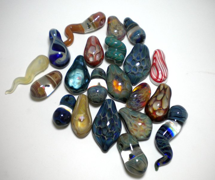 ROJ-group-pendants1